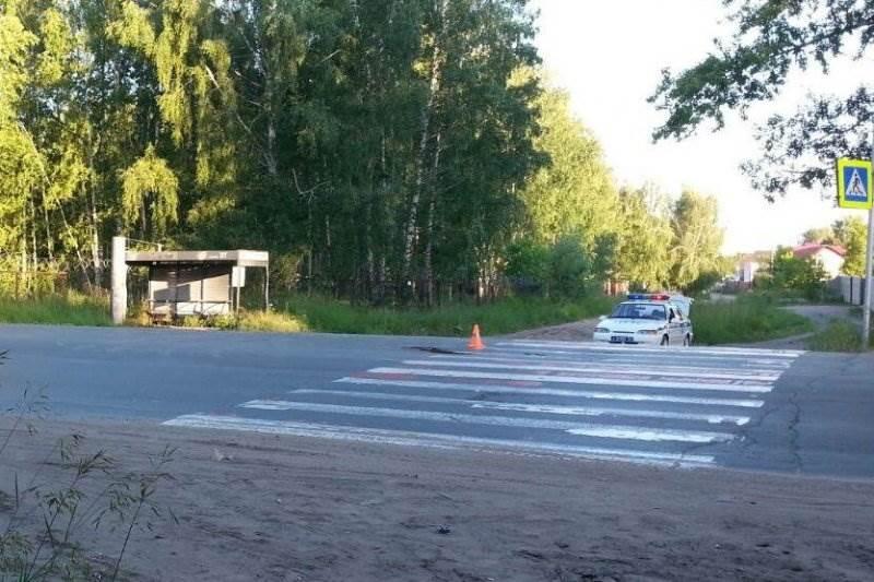Два автомобиля сбили несовершеннолетнего пешехода в Новосибирске