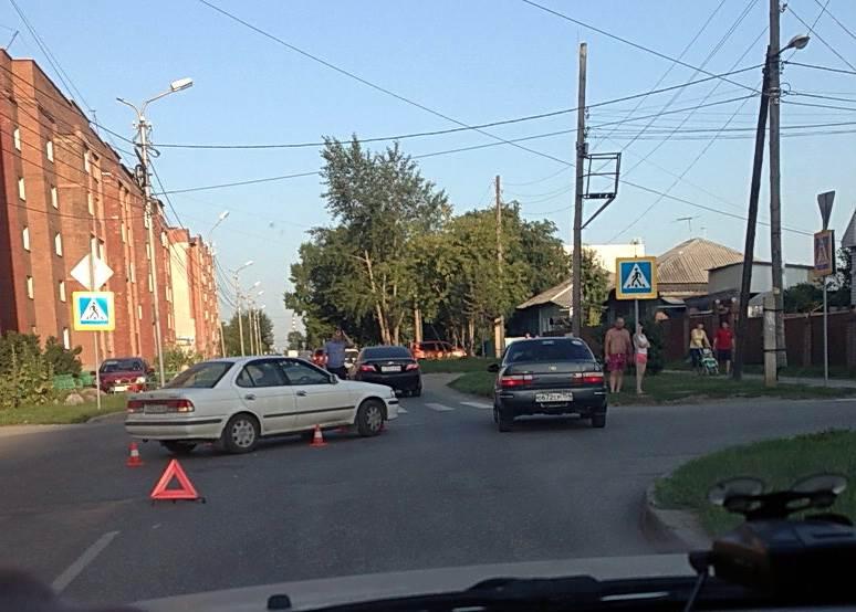 В столкновениях авто с велосипедами в Бердске ранены два человека