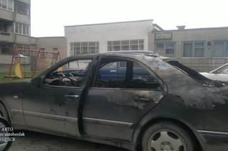 В Бердске неизвестные подожгли автомобиль