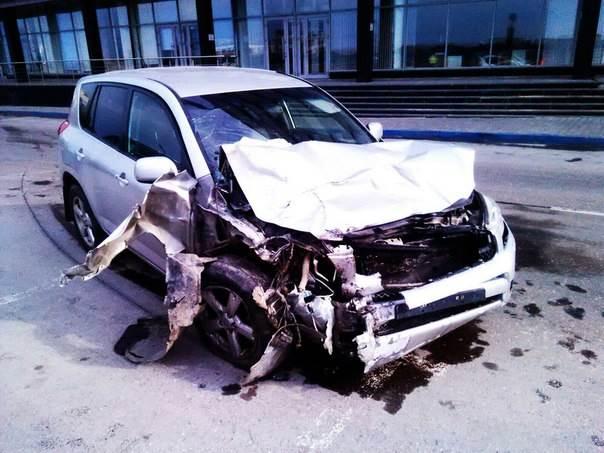 Пьяный малолетка протаранил три авто в Новосибирске и попытался сбежать