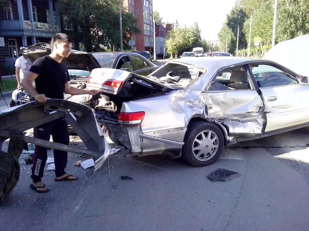 Тройное ДТП с пострадавшими в Бердске спровоцировал неработающий светофор