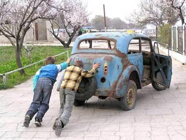 Когда россияне меняют автомобили: названы сроки