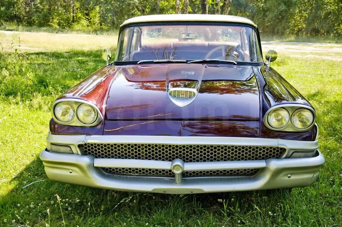 В Новосибирске выставлен на продажу раритетный «Форд»