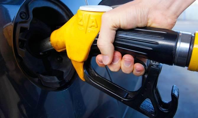 «Новосибирскстат» известил об очередном повышении цен на бензин