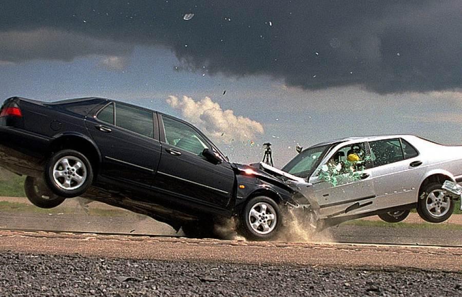 Две женщины погибли в лобовом столкновении автомобилей на трассе