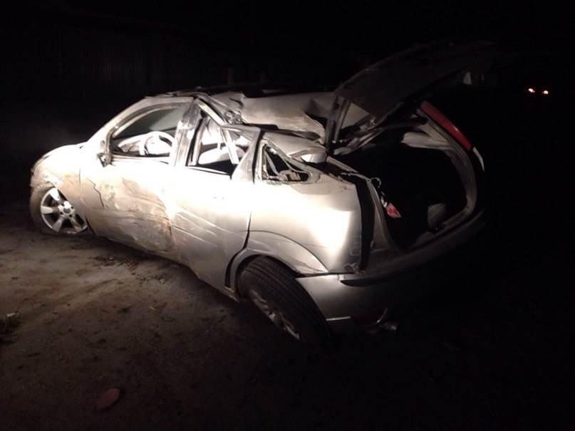 ФОТОФАКТ: Неизвестные разбили иномарку в Бердске и скрылись