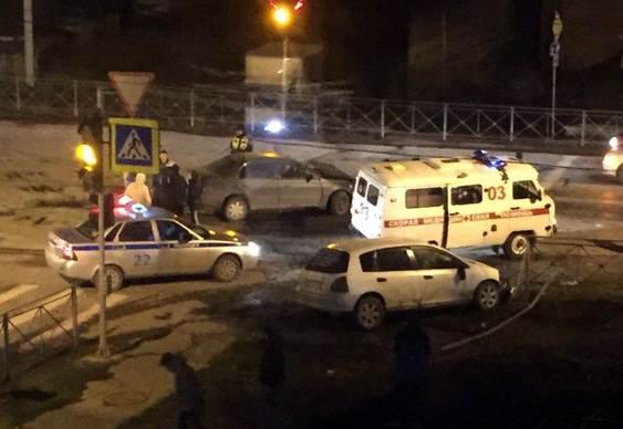 Жесткое столкновение на перекрестке в Бердске