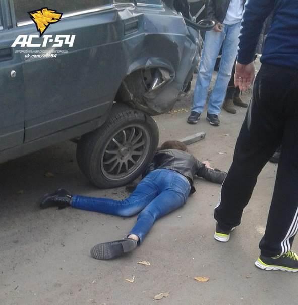 Умерла девушка-пешеход, пострадавшая в массовом ДТП в Новосибирске