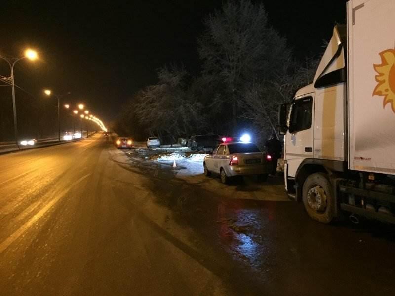 На трассе М-52 смертельно травмирован очередной пешеход