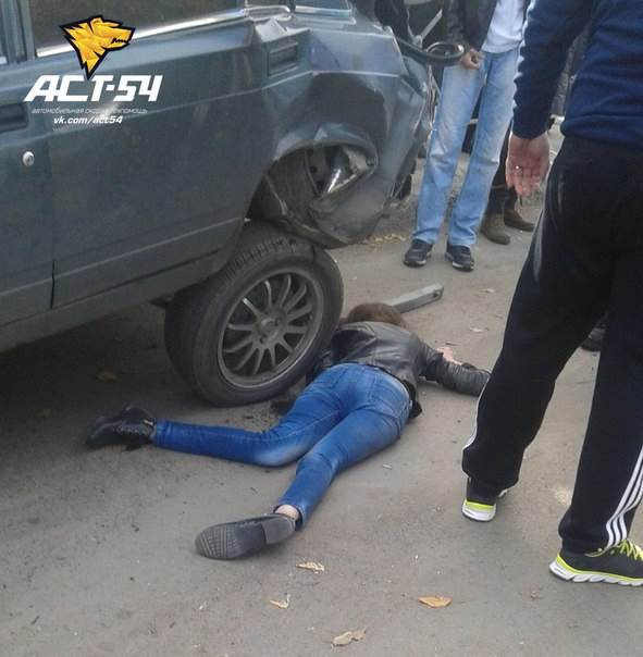 В автомобильном замесе в Новосибирске пострадала пешеход