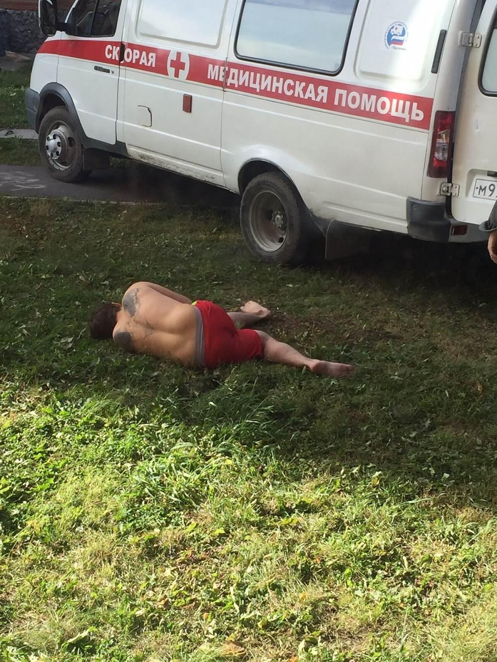 ФОТОФАКТ: Мужчина упал с 8 этажа в Бердске