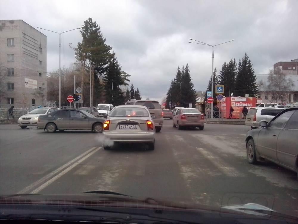 Власти Бердска устроили вольницу на дорогах Бердска