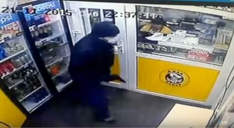Момент ограбления «Дяди Дёнера» попал на видео