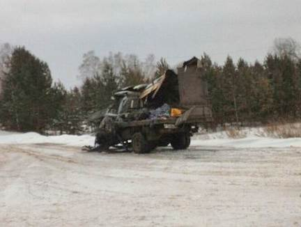 В лобовом столкновении грузовиков под Новосибирском один человек погиб