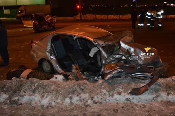 62-летний таксист погиб ночью в Новосибирске