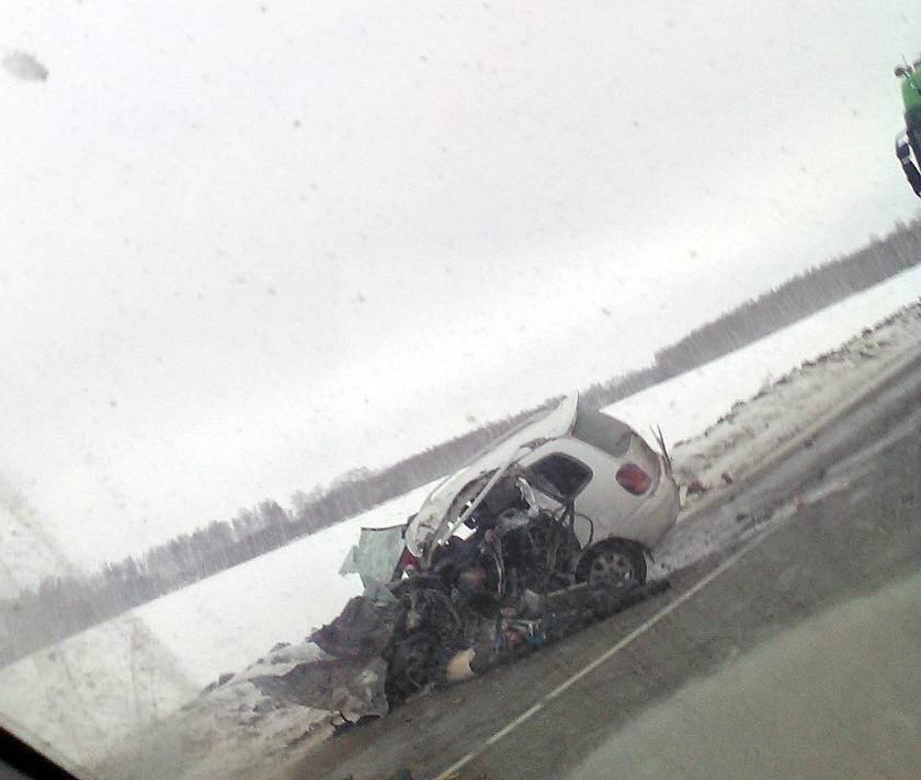 ФОТОФАКТ: Смертельное ДТП на трассе М-53. Двое погибших