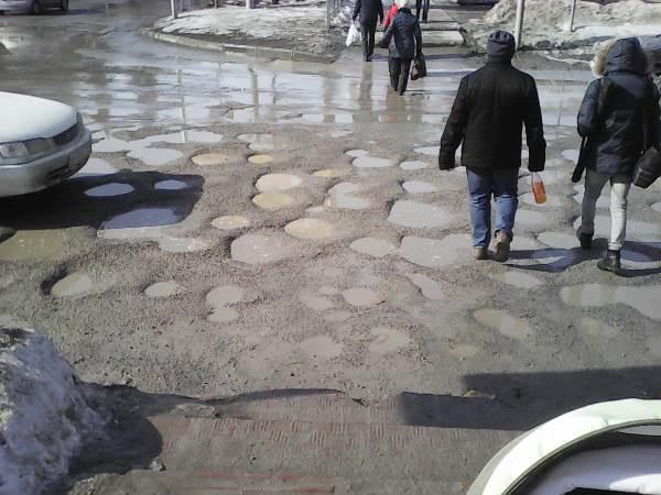 Почему чиновники Бердска раскачиваются с ремонтом дорог?