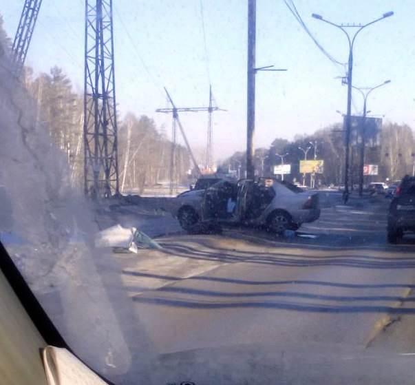 Смертельное ДТП на трассе у завода чистой воды в Академгородке