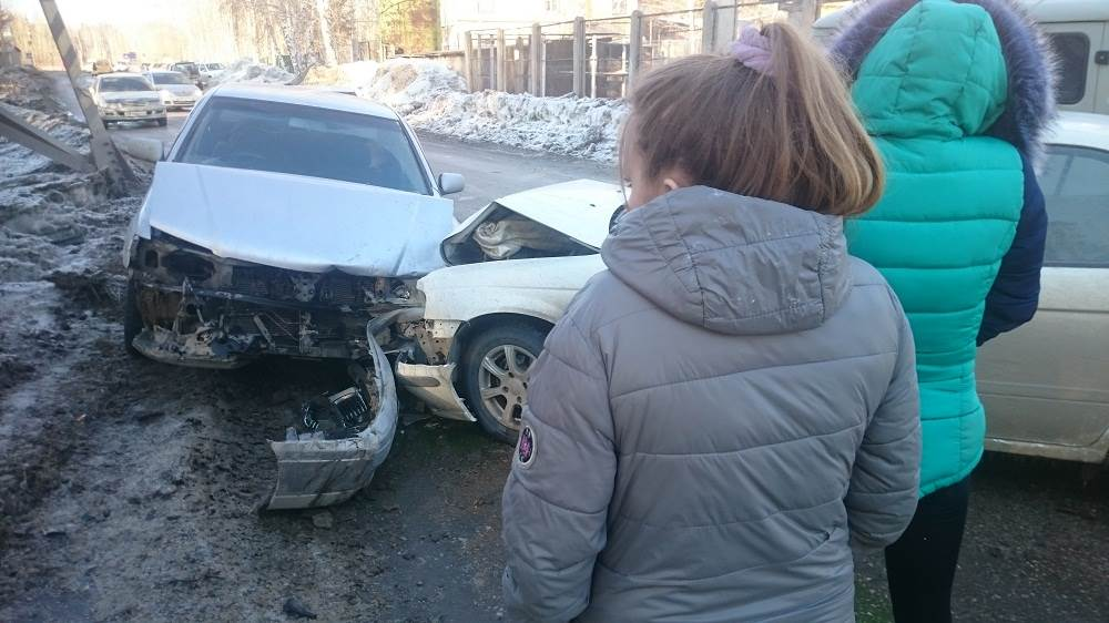 Три женщины попали в ДТП в Бердске. Одна из них пострадала