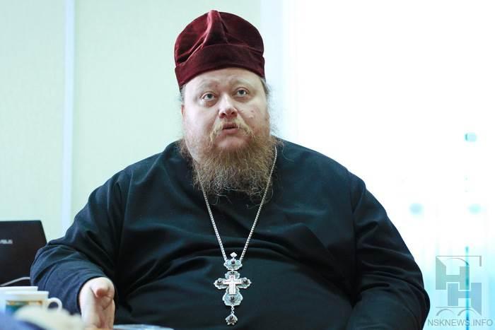 Бывший священник подрался с автомобилистом в Новосибирске