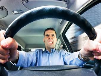 С 8 июня в российские ПДД вводится запрет на опасное вождение