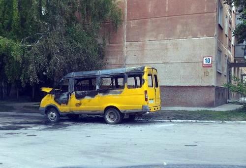 В Бердске ночью подожгли автомобиль ГАЗель