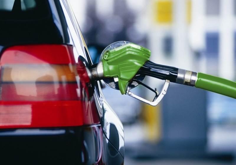 В Сибири упали розничные цены на бензин