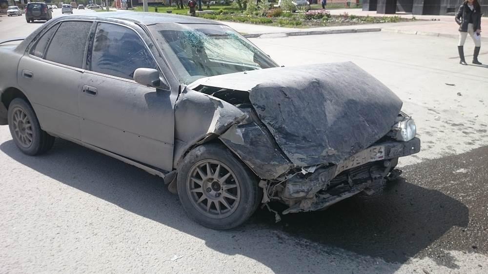 Три человека пострадали в тройном ДТП в Бердске