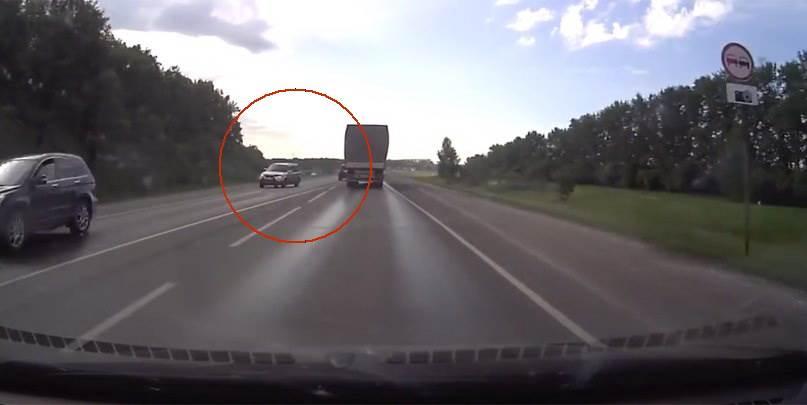 Задержан водитель, спровоцировавший аварию с красноярскими детьми