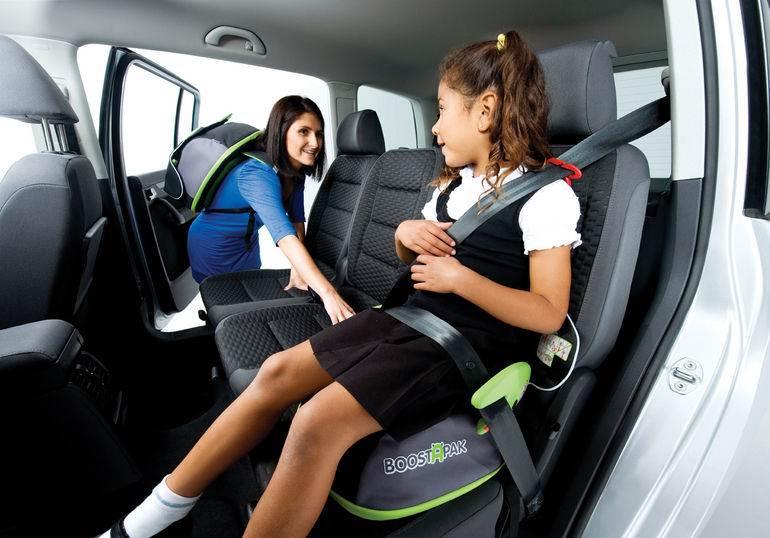 МВД предлагает возить детей старше 7 лет на заднем сидении без автокресла
