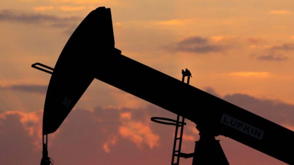 Стоимость бензина в России перестала зависеть от цен на нефть