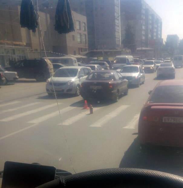 На ул. Первомайской в Бердске водитель Chevrolet Lanos сбила 11-летнего пешехода (фото)