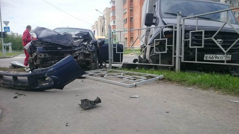 В жёстком столкновении в Бердске никто не пострадал