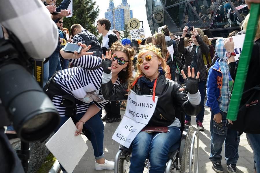 «Мисс Интеграция» совершит полёт на параплане в инвалидной коляске в Бердске
