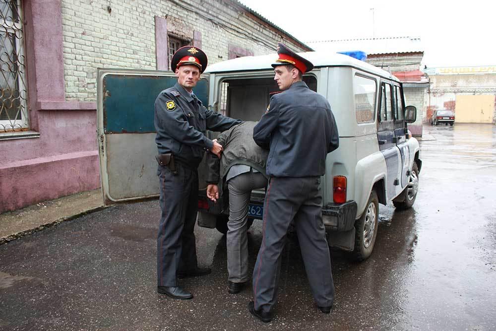 Полиции Искитима требуются юридически подкованные мужчины
