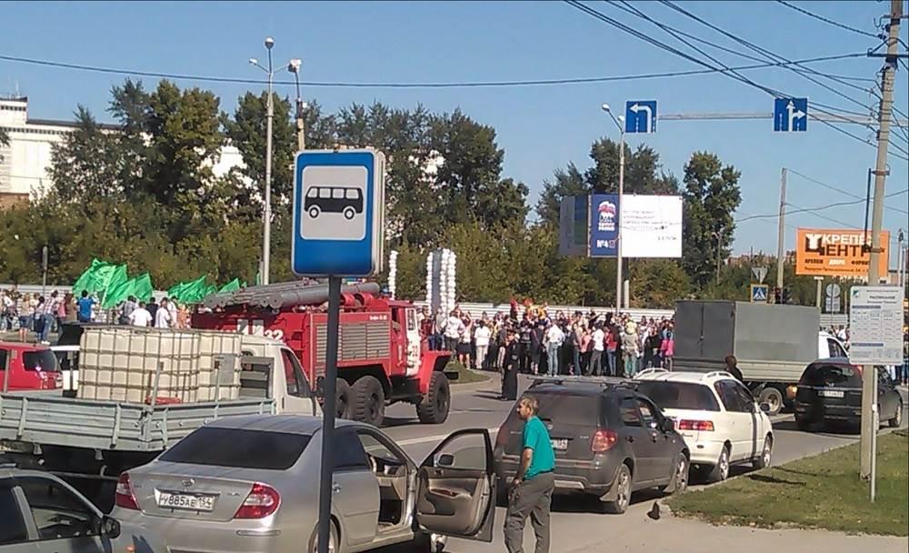 Карнавал в Бердске помешал работе пожарных и скорой помощи в День города?