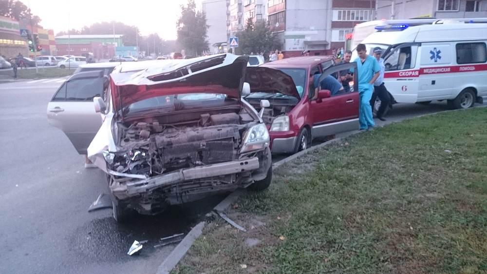 Жёсткое ДТП на Красной Сибири в Бердске