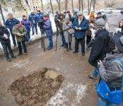 В Академгородке отремонтировали дорогу с помощью золы с ТЭЦ