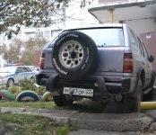 Фотофакт: Внедорожник «перепарковался» без хозяина в Бердске