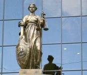 Верховный суд: Парковаться на газонах не запрещается
