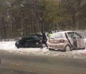 В столкновении на Бердском шоссе пострадала водитель «Тойоты Витц»
