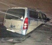 Машина с четырьмя рыбаками ушла под лёд в Советском районе