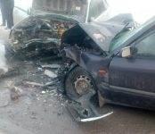 Бердчане серьёзно пострадали в лобовом ДТП на трассе М-52 (фото)