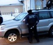 В Искитиме в ходе рейда ГИБДД «Нетрезвый водитель» пассажирка ВАЗа расцарапала лицо инспектору ДПС