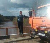 Полиция разыскивает водителя КамАЗа, исчезнувшего вместе с ТС в Новосибирской области