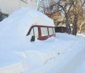 Фотофакты: «Свидетель» и бердские УК находят схроны автомобилей под снегом