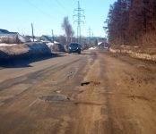 Начальник УЖКХ Бердска пообещал бутылку коньяка тому, кто найдет отвалившиеся заплатки на дорогах