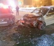 В ДТП у загса в Бердске пострадали два человека (видео)