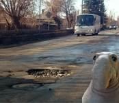 Прокуратура: На дорогах в Бердске трещины и просадки