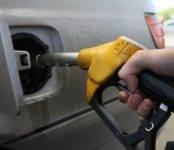 ТАСС уполномочен заявить: В России и США цены на бензин почти сравнялись